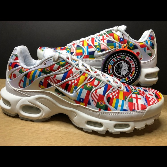 save off 6a916 63e6a Nike Air Max Plus NIC TN World Cup Flag AO5117-100